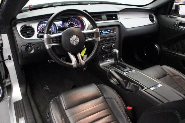 Рулевое управление с дорогой отделкой